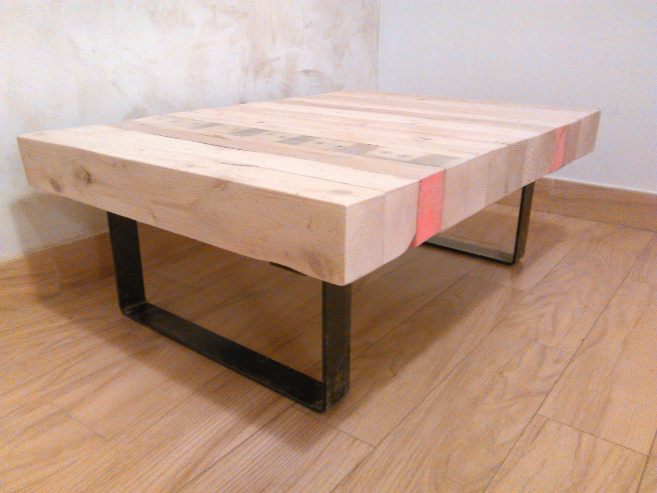 Mesa creada a partir de palés. Paleike.