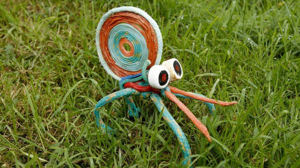 Araña creada con residuos. Fotografía: José Manuel Casal.